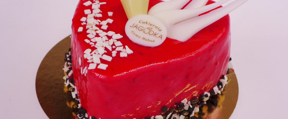 tort truskawkowy serce